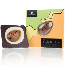Cracked Egg - Nuss
