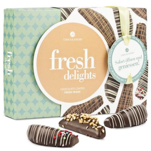 Birnen in Zartbitterschokolade mit Zuckerperlen und Mandelstückchen