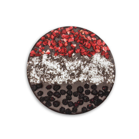 ChocoBall 'Holland' mit Erdbeeren, Kokos, Blaubeeren