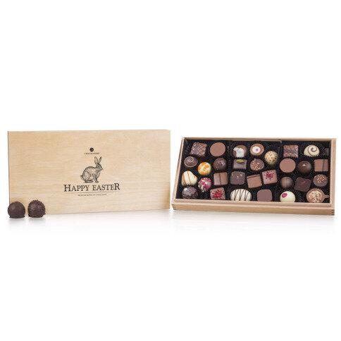 Chocolissimo Easter Premiere Maxi - Pralinen - 36 handgefertigte Pralinen mit und ohne Alkohol, Ostergeschenk, Ostern Schokolade