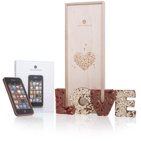 - Set 'Love' Buchstaben ChocoSmartphone - Onlineshop Chocolissimo